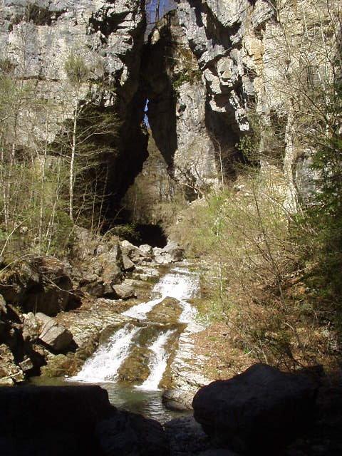 il Vinadia nei pressi della cascata Picchions da sotto